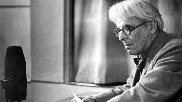 Yeats radio mike