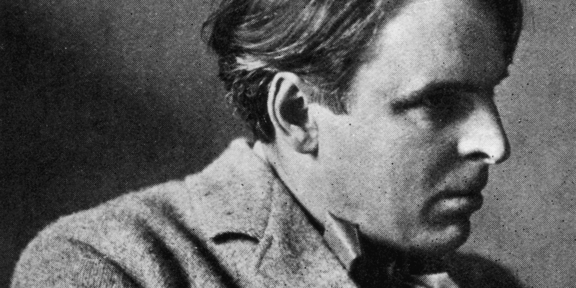 an analysis of yeats easter 1916 Brief summary of the poem easter, 1916  yeats starts the poem off by talking  about the dudes he runs into in the street when the shops and offices are closing .